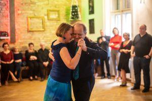 Németh Gabriella: Milonga a Budai Tango Clubban (sorozat)